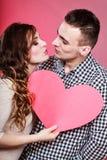 Baisers romantiques de couples Concept d'amour Photographie stock