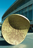 Baisse, installation Southbank de pièce de monnaie de dimension hors-série. Photographie stock