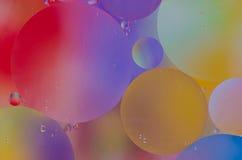 Baisses d'huile sur l'eau Image libre de droits