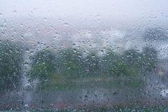 Baisses de pluie sur la fenêtre Photo libre de droits