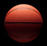 Baixa chave do basquetebol Imagem de Stock Royalty Free