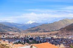 Baixa da cidade de Cuzco no Peru do vale e do panorama de Andes Fotos de Stock
