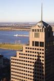 Baixa dos edifícios altos dentro de Memphis imagem de stock