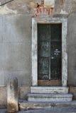 Baixa gammal dörr Royaltyfri Foto