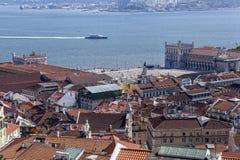 Baixa och Tejo flyg- sikt royaltyfri fotografi