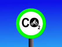 Baixas emissões de CO2 de ciclagem ilustração do vetor