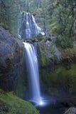 Baixas quedas da água clara Fotografia de Stock Royalty Free