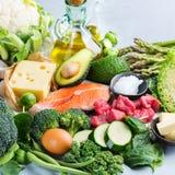Baixo alimento ketogenic saudável do carburador para dieta equilibrada imagem de stock royalty free