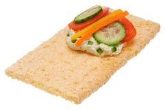 Baixo sanduíche aberto calórico Isolado no branco Imagens de Stock