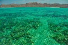 Baja California och dess hav av Cortez är ett paradis för snorkelers och dykare men också för kartelldroghandeln som väl a royaltyfria foton
