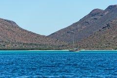 Baja California wybrzeża pustynia i skały Obrazy Stock