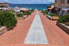 BAJA SARDEGNA, SARDINIA/ITALY - 22 MAGGIO: Baja Sardegna in Sardin fotografia stock libera da diritti