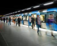 Bajar del tren Imagen de archivo libre de regalías