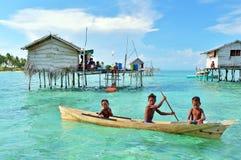 Bajau laut jonge geitjes royalty-vrije stock foto's