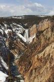 Baje las caídas del río de Yellowstone Fotos de archivo