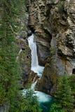 Baje las caídas en la barranca Banff, Canadá de Johnston fotos de archivo libres de regalías
