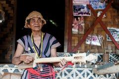 BAJIANG,占巴塞省,老挝人P d r - 8月14日:未认出的Alak t 免版税库存图片