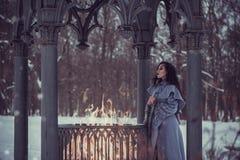 Bajka młoda kobieta zdjęcia royalty free