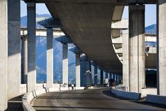 Bajo el puente Imagen de archivo libre de regalías