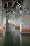 Bajo el puente Foto de archivo