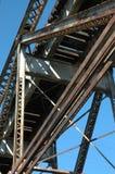 Bajo el puente del tren Fotos de archivo