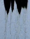 Bajo la cascada Imagen de archivo