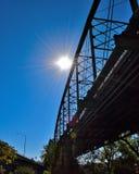 Bajo un puente viejo Fotografía de archivo