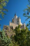 Bak av det segovia slottet Arkivbild