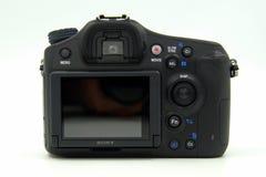 Bak av en Sony Alpha 68, A68, fotokamerakropp Arkivbilder