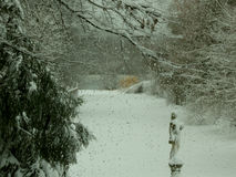 bak fönster snowing Arkivbilder