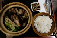 Bak Kut que o o alimento saudável do chinês cresce sobre em Malásia e transfere a 3Sudeste Asiático Fotografia de Stock