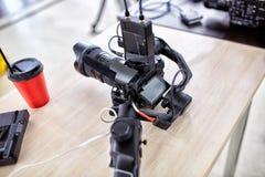 Bak platserna av video produktion- eller videoskytte E royaltyfri bild