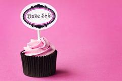 Bak verkoop cupcake Stock Fotografie