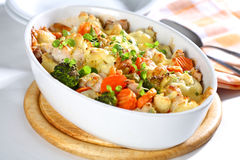 bakad blandad grönsak Arkivfoton