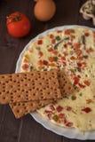 Bakad omelettmat Arkivfoto