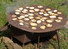 bakad potatis Arkivbilder