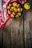 Bakade hela unga potatisar Fotografering för Bildbyråer