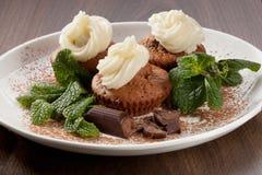 Bakade hemlagade muffin Arkivfoto