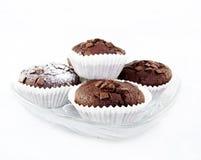 bakade nya muffiner för choklad Arkivfoto