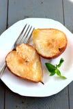 Bakade päron och äpplen Arkivbilder