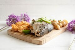 Baked carp with potato and cauliflower Royalty Free Stock Photography