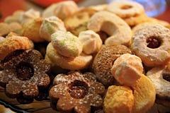 baked christmas cookies 免版税库存照片