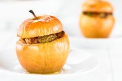 Baked encheu a maçã fotos de stock royalty free