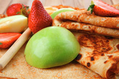 Baked food : pancake with honey Stock Images