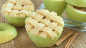 Baked green apples with cinnamone and honey stock video