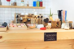 bakelser i kafé arkivbilder
