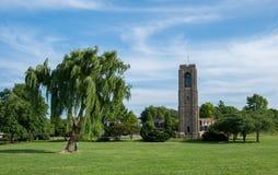 Baker Park Memorial Carillon Klokketoren - Frederick, Maryland stock foto's