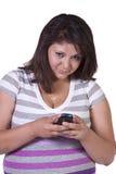 bakground όμορφο texting λευκό κοριτσ&iot Στοκ εικόνες με δικαίωμα ελεύθερης χρήσης