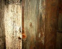 Bakgrund av brädena av det åldrigt brädet skrapade trä Royaltyfri Bild