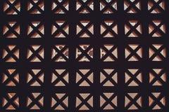 Bakgrund av den dekorativa betongväggen för grunge med Arkivfoto
